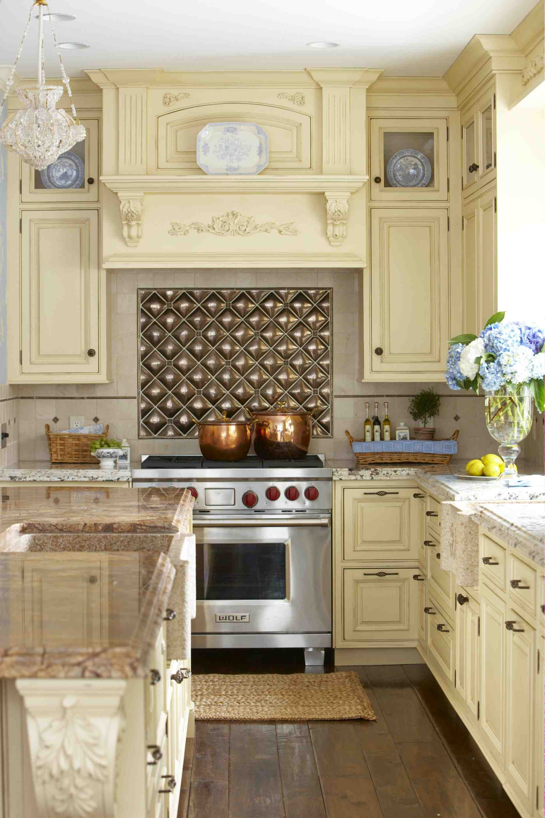 My favorite kitchens of 2010 stacystyle 39 s blog Better homes and gardens living room ideas