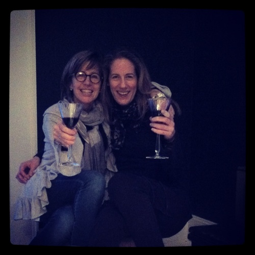 I finally got to hang out for the evening with fellow stylist Karin Lidbeck Brent. Cheers!